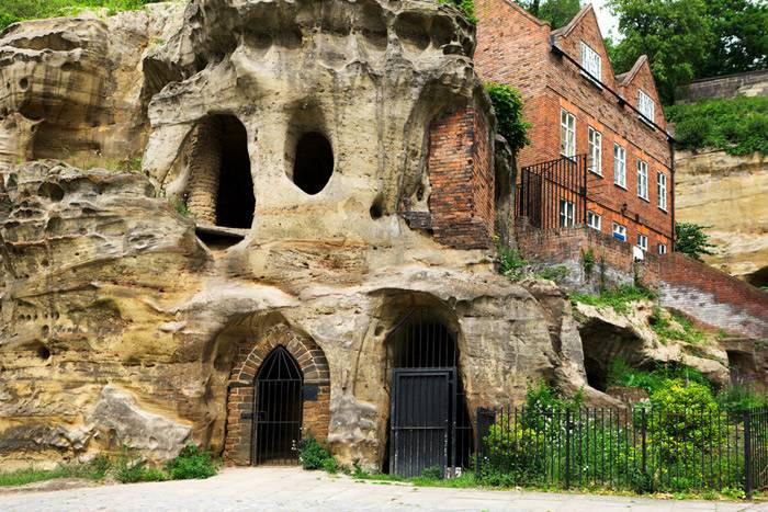 Las cuevas de Nottingham